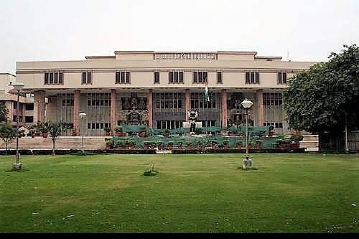 Will hang anyone obstructing oxygen supplies: Delhi High Court