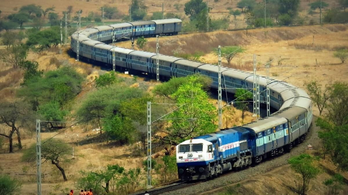 Railways sticks to zero fatality claim as NITI Aayog doubts data