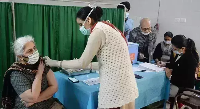 Covid Vaccination Centres to remain operational on gazetted holidays in April: Centre