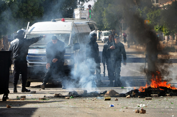 Tunisia imposes nationwide curfew amid growing unrest