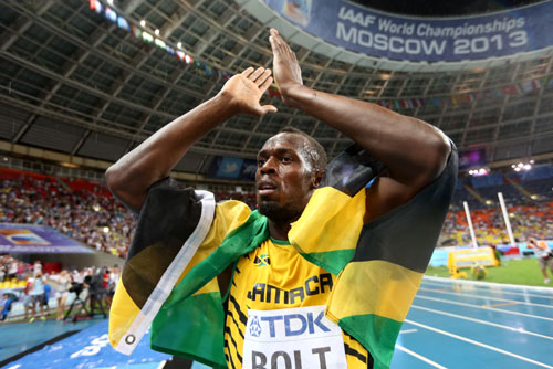 Bolt regains world 100 metres crown in Moscow
