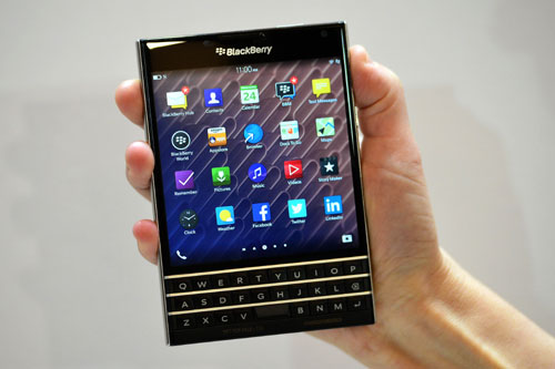 Will BlackBerrys Passport smartphone win hearts?