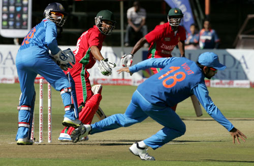 India stroll to 6-wicket win over Zimbabwe