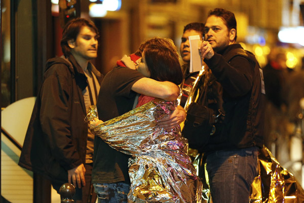 Witnesses tell of bloodbath at Paris rock concert