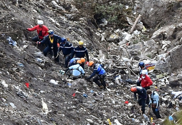 Germanwings crashed jet recovery continues