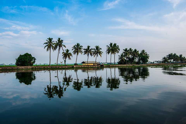 Keralam to continue as Kerala, no name change in the offing