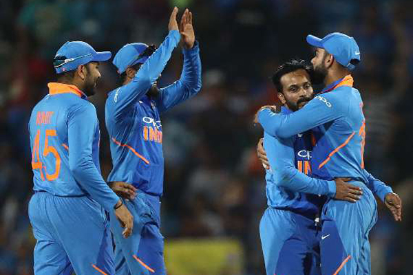 India win 2nd ODI against Australia by 8 runs