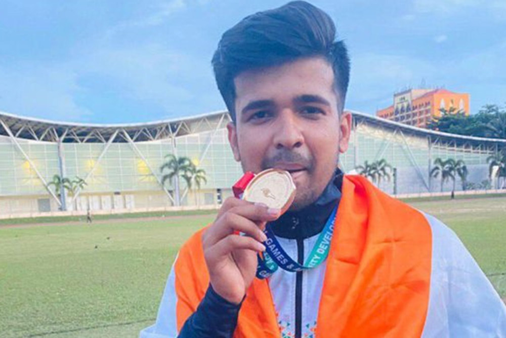 COVID-19: Shooter Shivam to part ways with Hardiks gift to raise funds