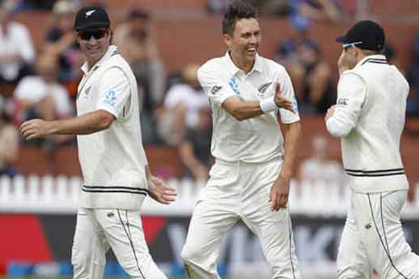 1st Test: Rahane, Vihari fight back after Boult show