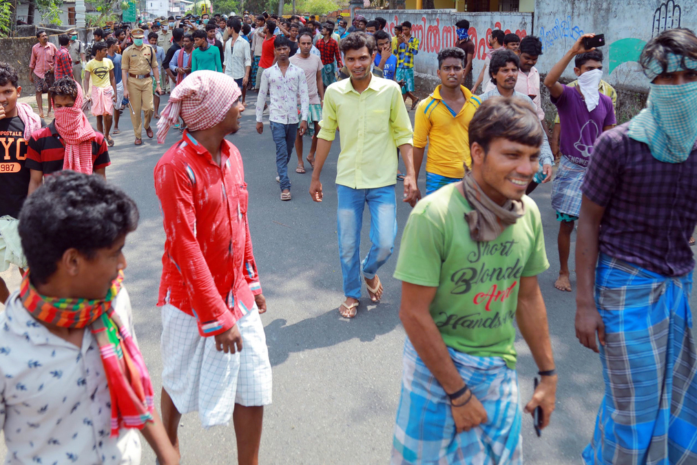 Amid lockdown, migrant workers a content lot in Kerala