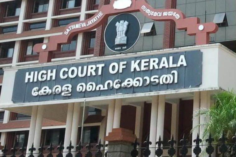 HC directs govt to provide food, medicine to street vendors in Kochi