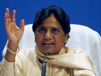 Mayawati reserves 50 percent of party posts for youth