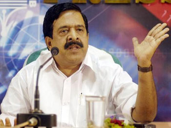 Police to induct 200 tribals: Chennithala