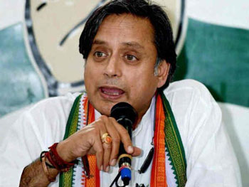 KPCC to submit report to Cong High Command on Tharoor's Modi praise