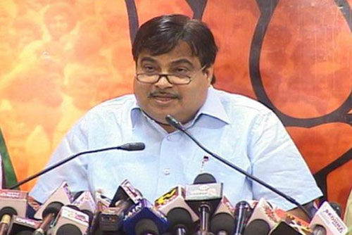 Gadkari to be given charge of Mundes ministries