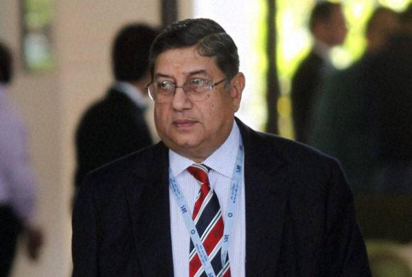 SC names Srinivasan in Mudgal Committee spot fixing probe