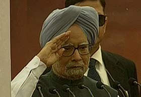 Manmohan Singh assures India on better economy