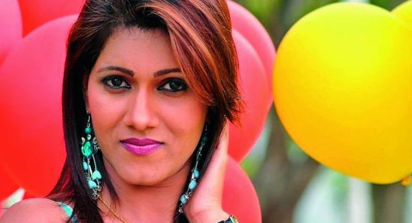 Actress Neetu Agarwal wanted in red sanders case