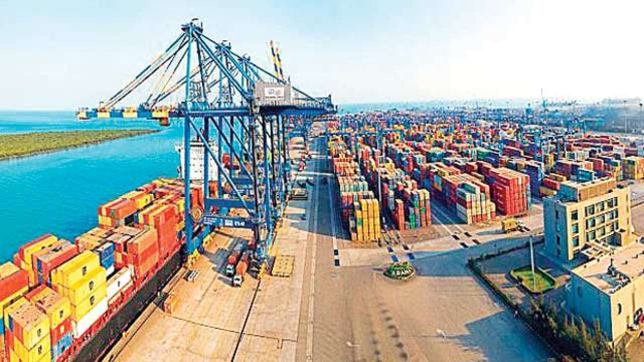 Adani Ports plans to raise USD 750 million