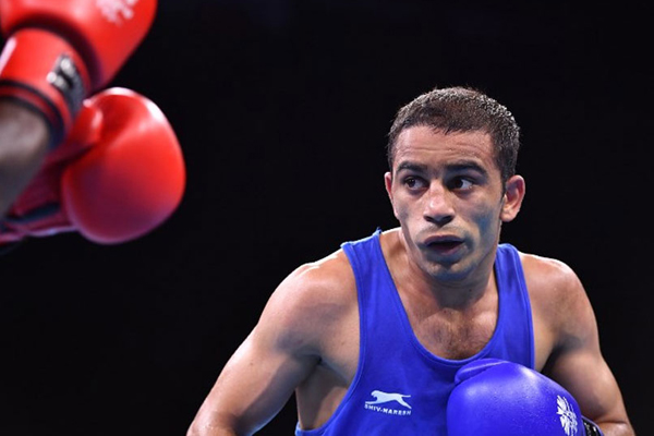 Boxer Amit enters Asian Games semis, assured of medal