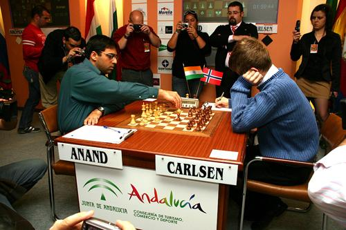 Kings of chess sign peace treaty in first match