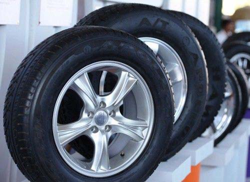 Apollo Tyres to raise Rs 800 cr, seeks shareholders nod