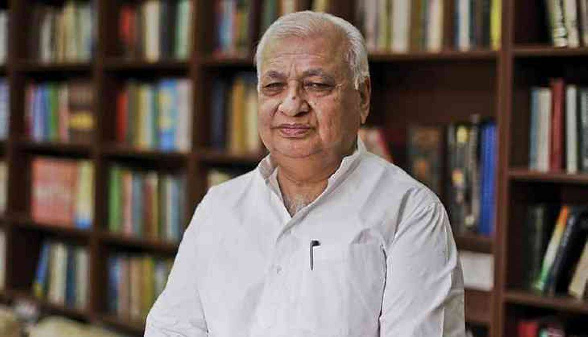 Indianness rooted in diversity: Governor Khan in R-Day address; kudos for CM