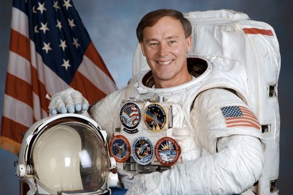 Ex-NASA astronaut to join Purdue Universitys Mumbai fest