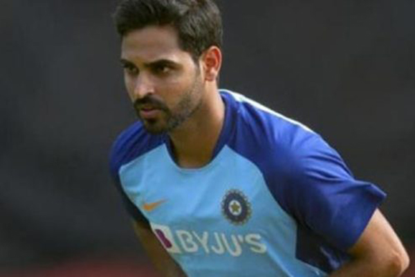 COVID-19: Shining the ball with saliva a concern, says Bhuvneshwar