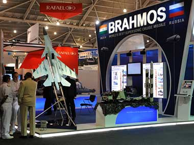 Kerala student innovator designs unique robot, gets pat from BrahMos