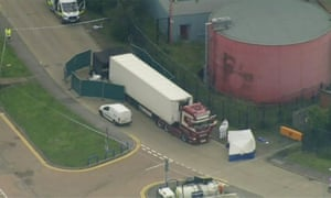 39 bodies found in lorry container in London