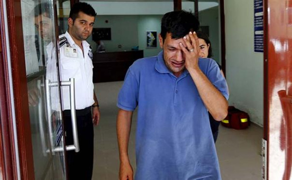 My children slipped through my hands: father of drowned Syrian boy