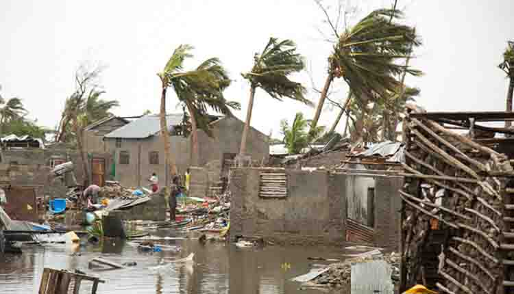 Idai storm kills at least 360 in southern Africa