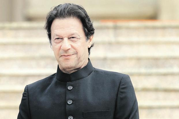 Imran Khan takes notice of journalist-Minister altercation