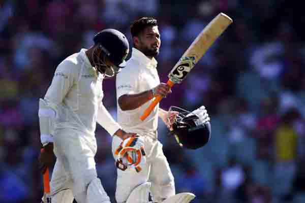 4th Test: Indian domination continues on Day 2, declare at 622/7