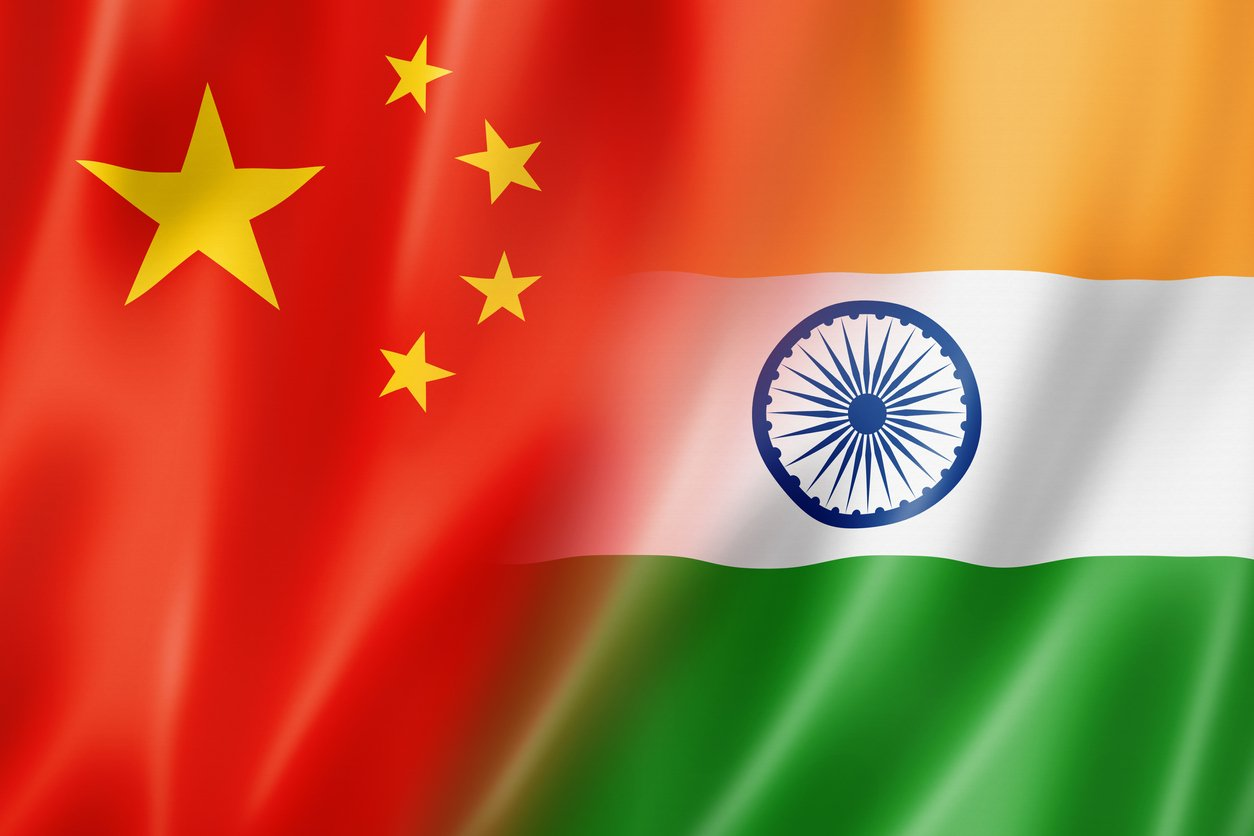 India needs to further woo top 5 mobile brands to beat China: Report