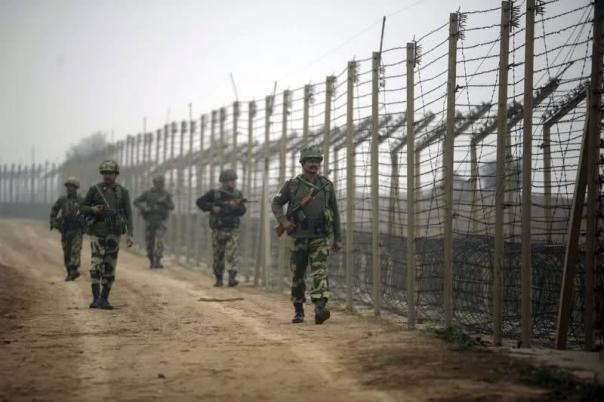 Pakistan violates ceasefire along LoC in Poonch