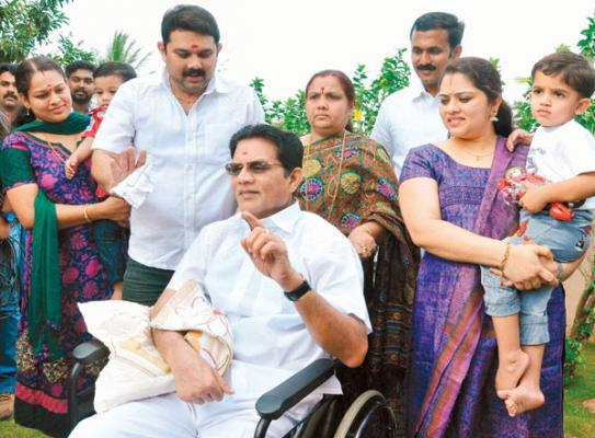 Ace comedian Jagathy is recovering, say doctors