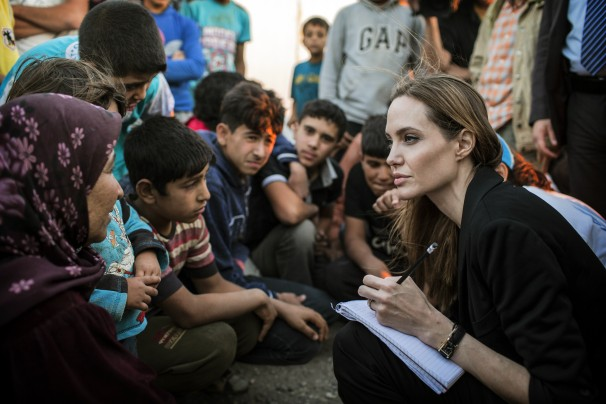 Angelina Jolie requests leaders to make Syrian diplomacy work