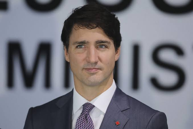 Nearly 10,000 businesses apply for wage subsidy: Trudeau