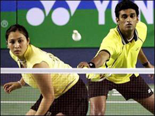 Jwala-Diju pair loses opening group match