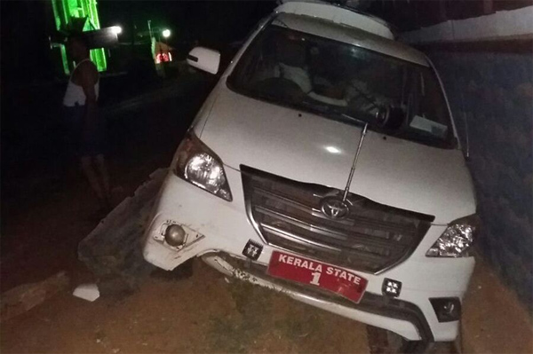 CM Chandy escapes unhurt in mishap