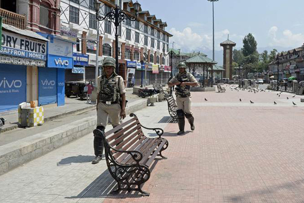Persons seeking alms in Srinagar to be arrested