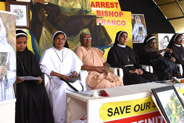 Nun expelled from congregation for her lifestyle