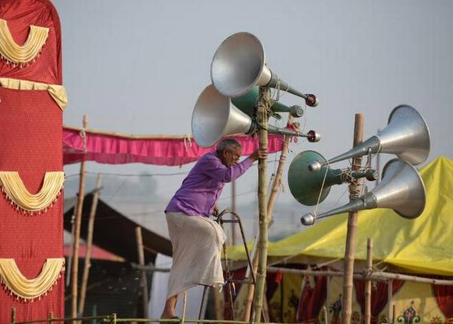 Communal clashes over use of loudspeakers in UP