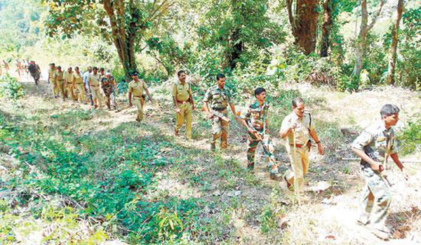 Police step up search for Maoists in Wayanad forests
