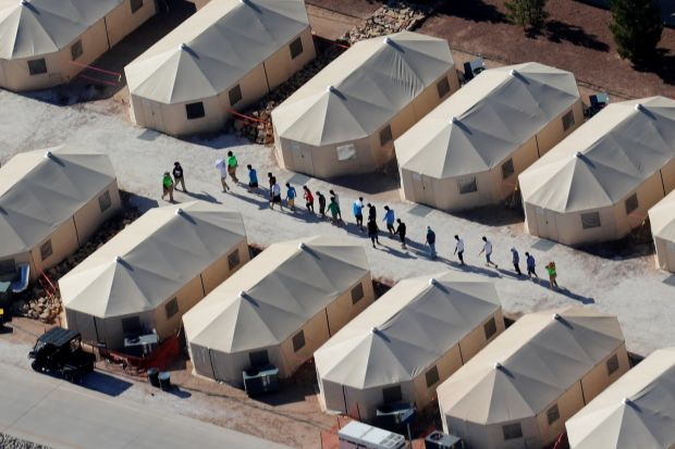 US builds migrant tent city in Texas