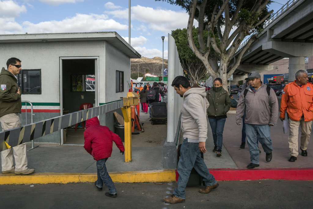Over 42,000 illegal migrants returned from US this month