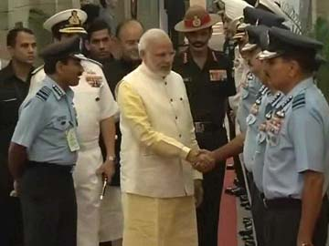 Modi meets top military officers at Combined Commanders Conference