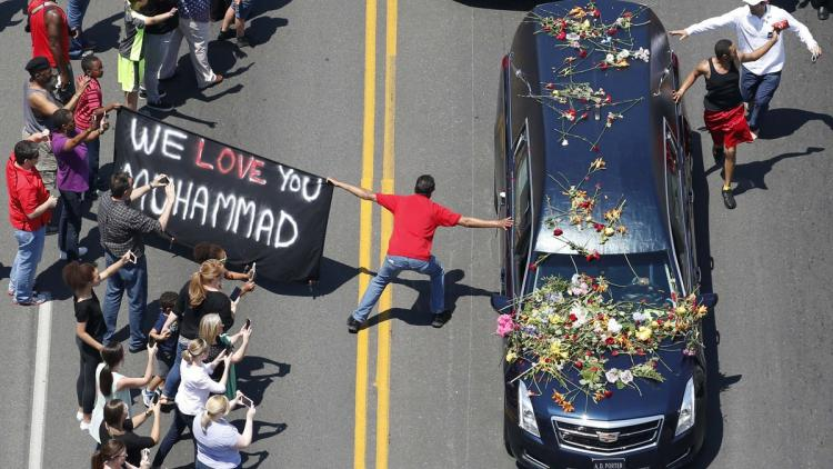 Boxing legend Muhammad Ali laid to rest